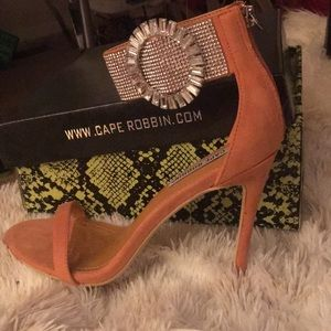 Cape Robbin diamond ankle strap brand new heels!